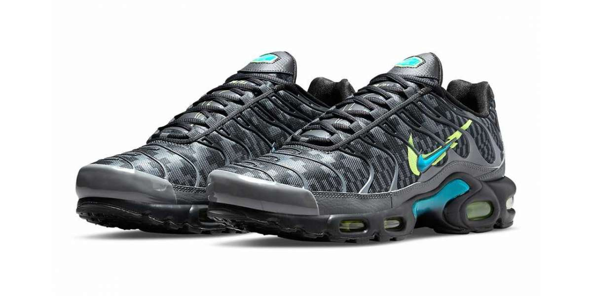 Nike Air Max Plus Double-Swoosh Black DJ6896-070 Basketball Sneakers For Sale