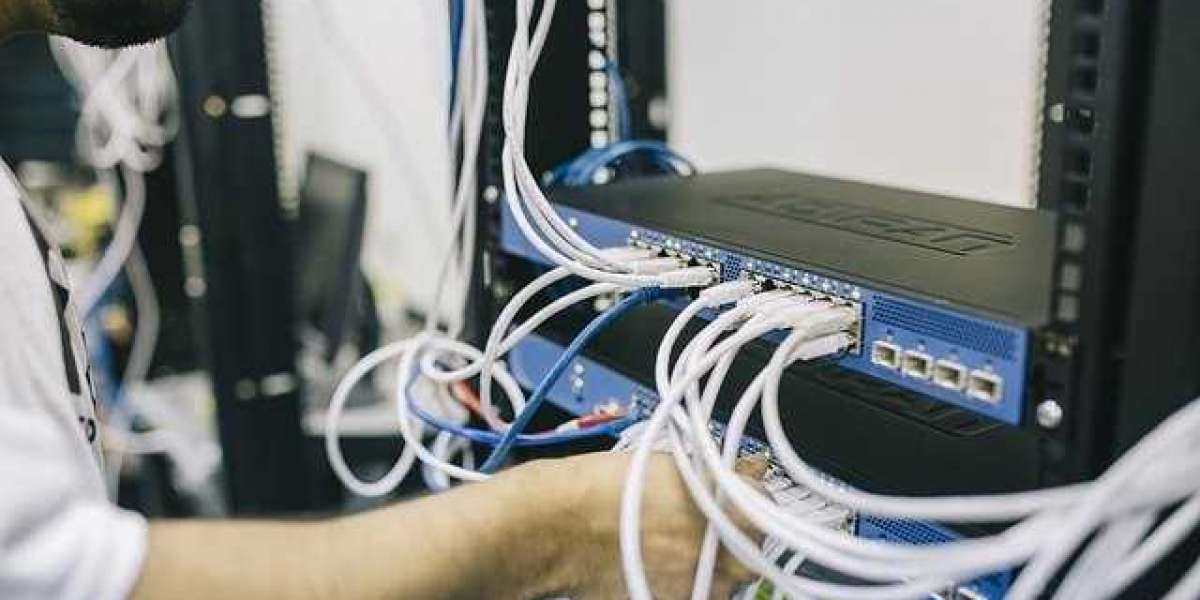 What Does Data Managed Data Center Mean?